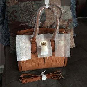 Authentic Aldo Gilliam Bag